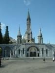 200px-Lourdes_Sanctuaires_01.jpg